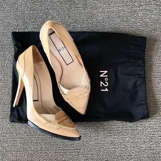 Authentic N21 Nude Patent Heels