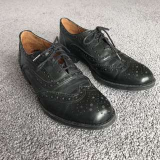 Black Leather Women's Brogues