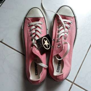 Selling Low!! ALL Star Converse