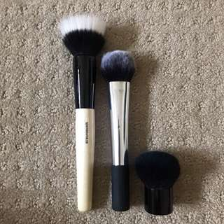 Assorted Brushes