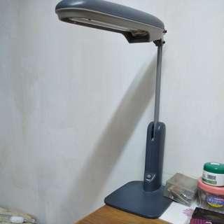 National Inverter love eye lamp 枱燈 每棧$48 有兩棧