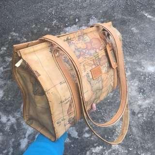 Alviero Martini Tote / Shoulder Bag