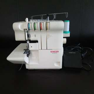 Singer Ultralock Overlock Sewing Machine