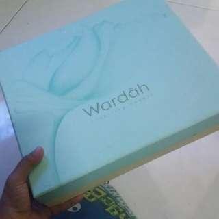 Box wardah