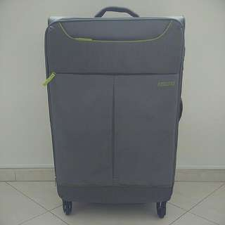 American Tourister Luggage 70x35x23