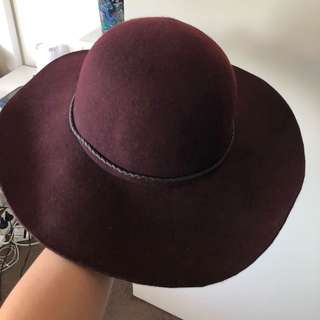 JAG burgundy floppy hat