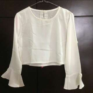 Trumpet blouse crop
