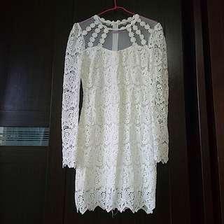(免運)絕美蕾絲柔紗抹胸長袖鏤空純潔白洋裝。尾牙春酒伴娘婚宴