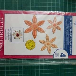 Spellbinders- Daisy Flower Topper