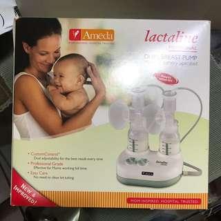 Dual breast pump