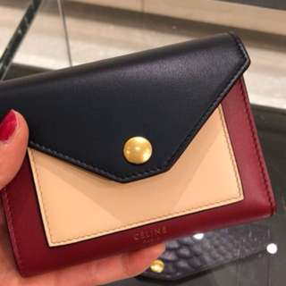 Celine -POCKET MEDIUM FLAP MULTIFUNCTION IN MULTICOLOUR SHINY SMOOTH CALFSKIN