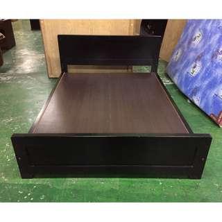 東鼎二手家具 烤黑 標準雙人5尺床架*標準雙人床*床底*床組*床箱*二手床架*2手寢具