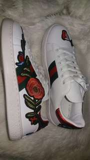 Gucci Ace Embroidered Sneakers Red