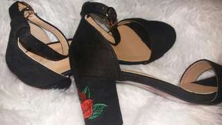 Sheshe Rose Embroidered Heels