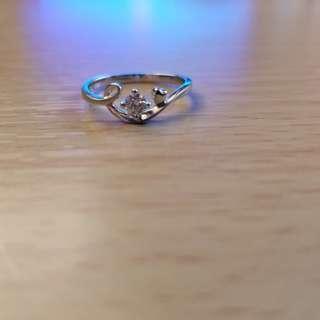 周大福鑽石戒指