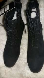 Forever 21 Black Suede Oxford Style Zip Up Lace Up Boots