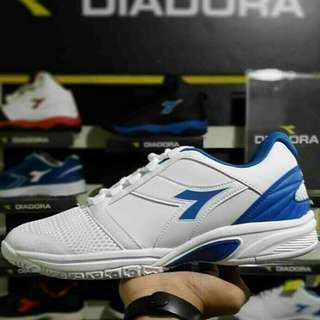 Sepatu Diadora Forhen Original BNIB