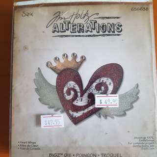 Sizzix- Tim Holtz Heart Wings