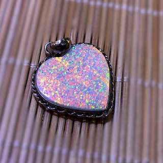 Double size Opal pendant 双面欧泊吊坠