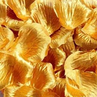 Gold flower petal