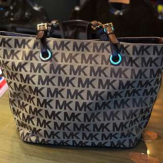 ORIGINAL MK TOTE PRELOVED