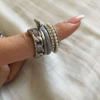 Classic Forever New purple set of rings