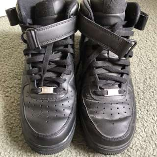 Nike Air Force 1 '07 Mid Black Leather Sneakers