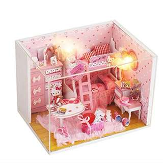 GIFTIDEA Cartoon Theme Miniature Creative Wooden Kits Furniture Dollhouse(With Duty Proof Cover) (Kitty)