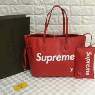 Louis Vuitton Red Supreme Neverfull