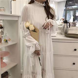 ioz 甜美半高領寬鬆長袖雪紡洋裝 白