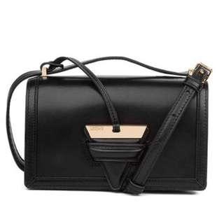 全新 LOEWE Barcelona Small Bag 代購
