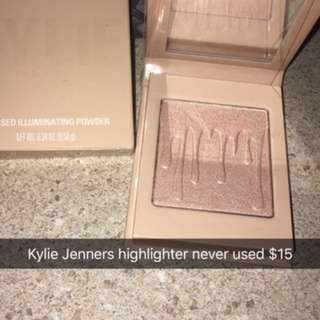 BRAND NEW KYLIE JENNERS AUTHENTIC MAKEUP