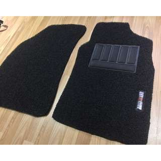 MITSUBISHI LANCER GLX CS3 BLACK PVC CARPET MAT RALLIART LOGO 5 PCS 20MM THICK COLOR AVAILABLE - RED, BLACK ,GREY ,BEIGE ,BROWN & BLUE...PLEASE CONTACT ME BEFORE DROPPING BY !