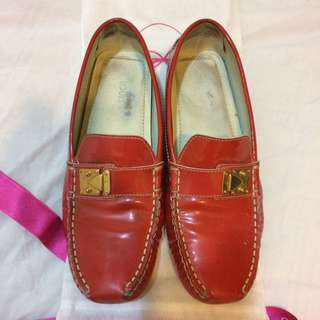 LV LOUIS VUITTON RED LOAFER