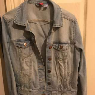 H&M Denim jacket lightwashed
