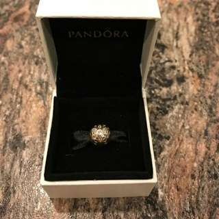 Pandora sparkling bloom charm authentic