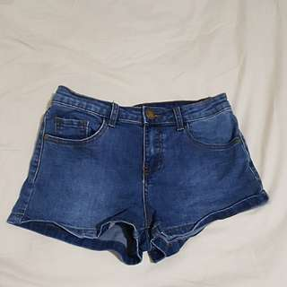 Ally denim shorts • size 8