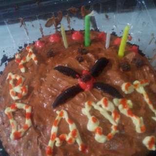 Cake Coklat,red,orange