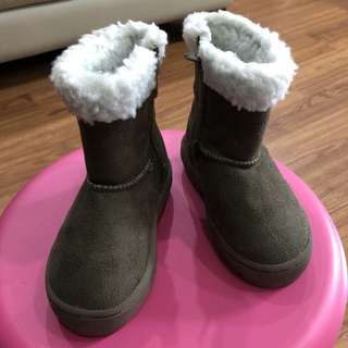 Universal Traveler Winter Boots