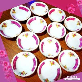 1960 Flower Basket and Pink Ribbon Sauce Dishes with Gold-rim. Unused, Good condition, no chip no crack no stain. Sms 96337309 for fast deal. 13pcs for $8 special offer!