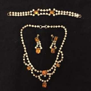 Antique vintage accessories set