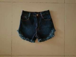Hotpants jeans sz 27-30 streecht murah bagus