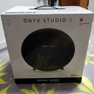 Harman Kardon Onyx Studio 3 BNIB
