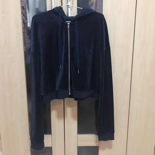H&M NAVY VELVET CROP JACKET