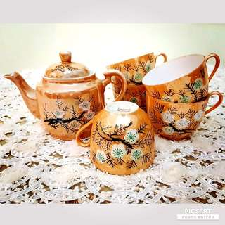 "1960-70s Sakura Blossom Teapot and Cups with Orange Background.  Teapot is 6.5"" across and cups are 3"" dia. Unused, Good Condition no chip no crack no stain. Sms 96337309 for fast deal. 1 teapot + 5 cups for $18 special offer!"