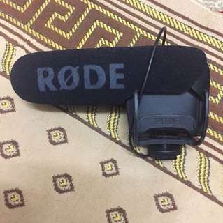 Rode videomic pro shotgun (with battery)