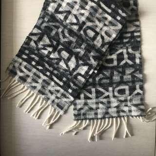 DKNY頸巾