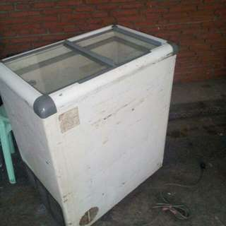 Defective Freezer for Spare parts