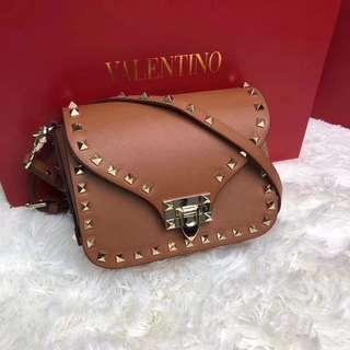 Valentino bag 🎉OFFER😂