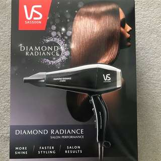 BRAND NEW VS SASSOON DIAMOND RADIANCE HAIR DRYER